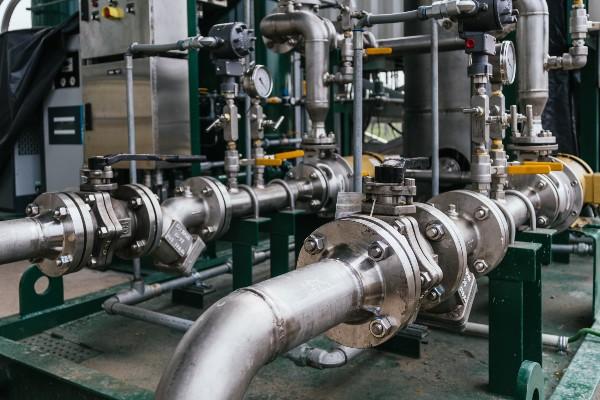 convertir el agua en agua metalica